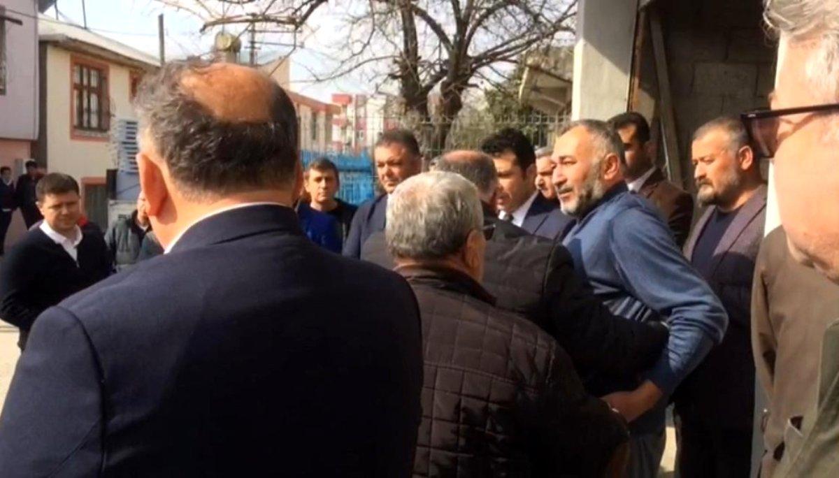 Photo of Babalarının Cesedini Gören Çocuklar Resmen Yıkıldı