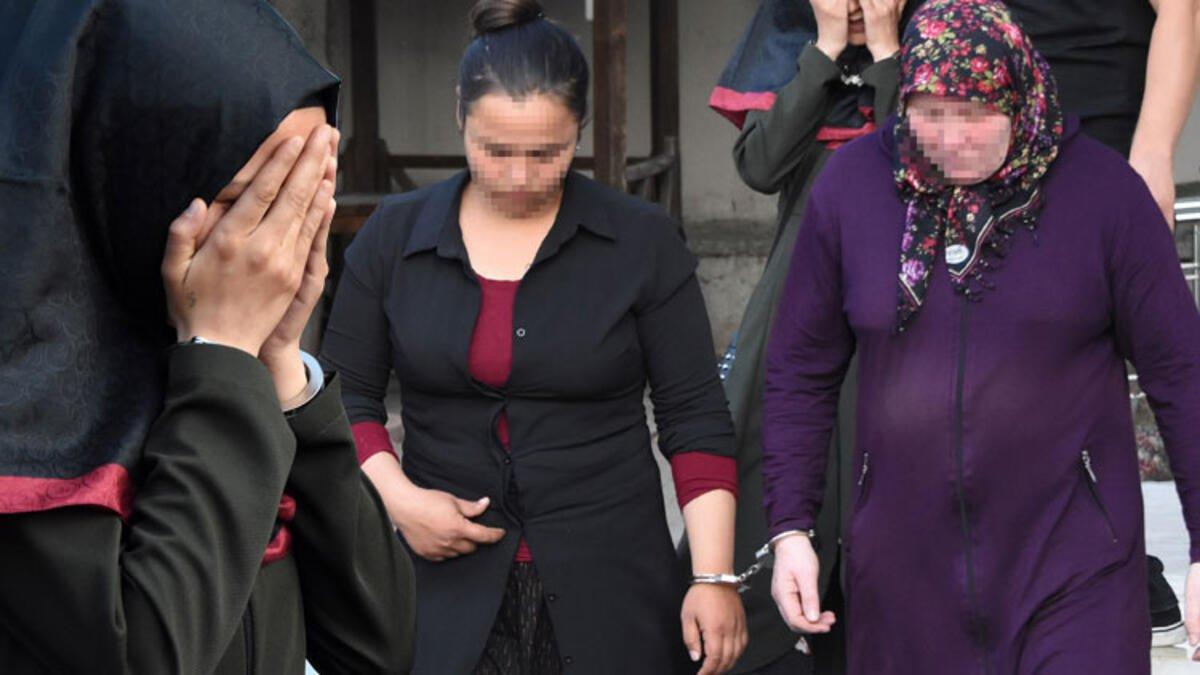 Photo of Üç Kadın Hırsızlık İçin Girdikleri Evden Kaçarken Yakalandı0 (0)