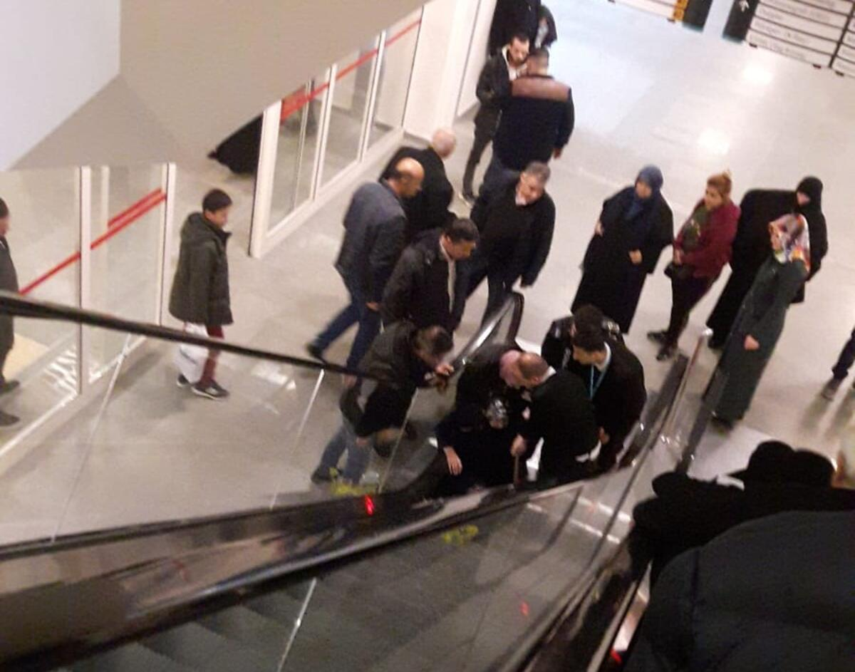 Photo of Merdivenlerden Yuvarlanan Kadın Hayatını Kaybetti0 (0)