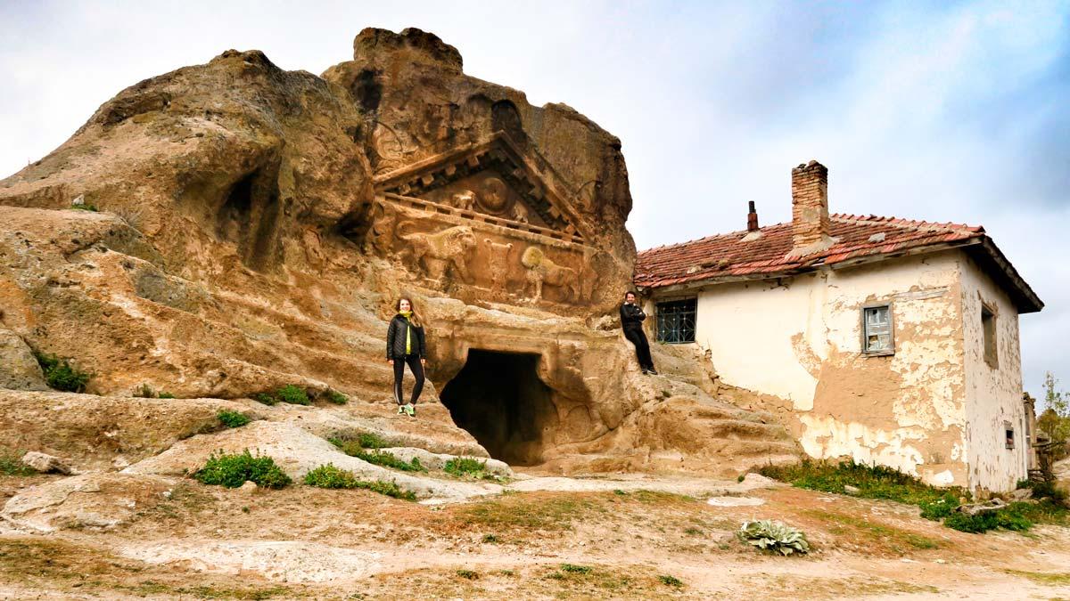 Photo of Seyitgazi'de Antik Şehir Bulundu