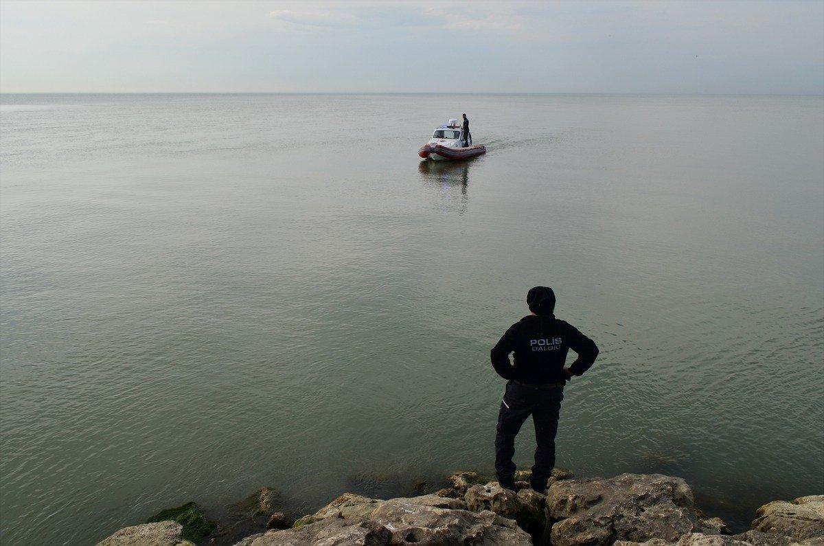 Photo of Mersin'de Kadın Öğretmen Denizde Boğuldu